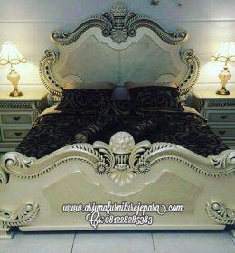 Tempat Tidur Ukir Mewah Terbaru