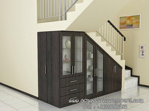 Desain Lemari Tangga Modern