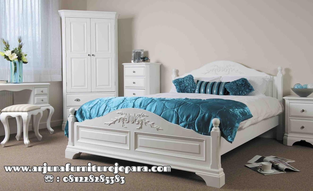 Set Kamar Tidur Minimalis Putih Cat Duco