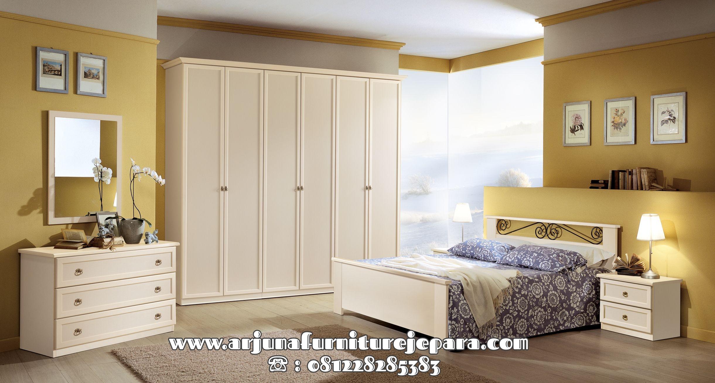 Set Tempat Tidur Minimalis Putih Duco Terbaru