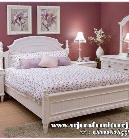 Gambar Tempat Tidur Minimalis Putih Cat Duco