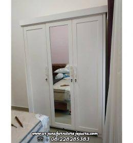 Almari Pakaian Minimalis 3 Pintu Putih Duco