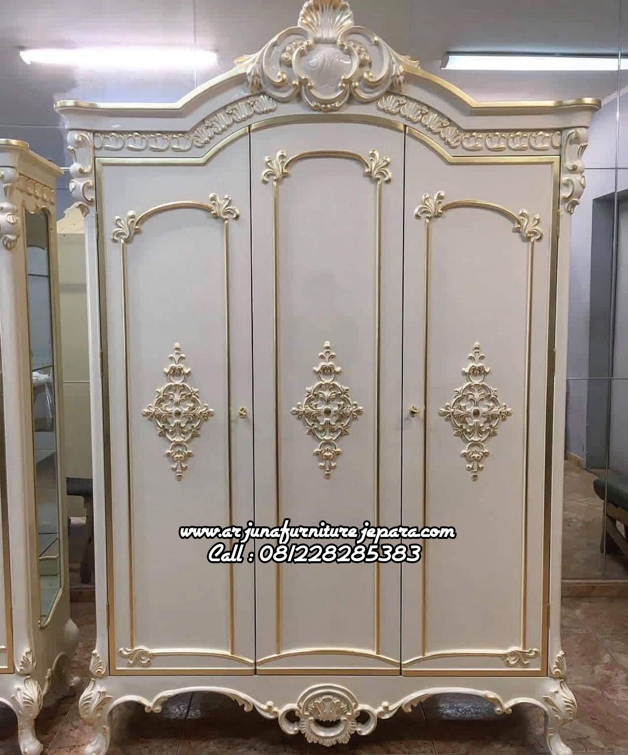 Lemari Pakaian Classic Putih Duco Almari Pakaian Klasik