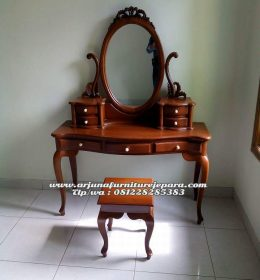 Meja Rias Jati Klasik Furniture Jepara