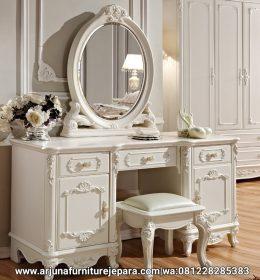 Produk Meja Rias Klasik Terbaru Furniture Jepara