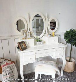 Meja Rias Minimalis Classic Terbaru Furniture Jepara